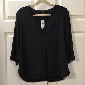 New ANN TAYLOR Pleat Front Blouse Size Large